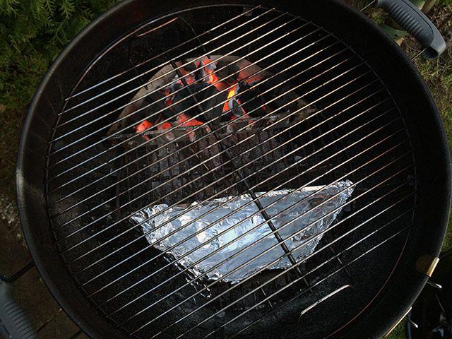 Weber Kugelgrill vorbereiten fürs räuchern