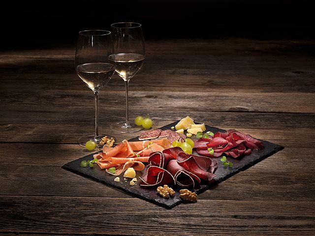 SWISS APÉRO - Serviervorschlag mit Wein