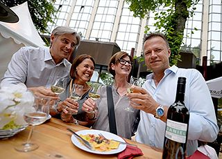 Stadtparkfest - Food, Wine _ Music