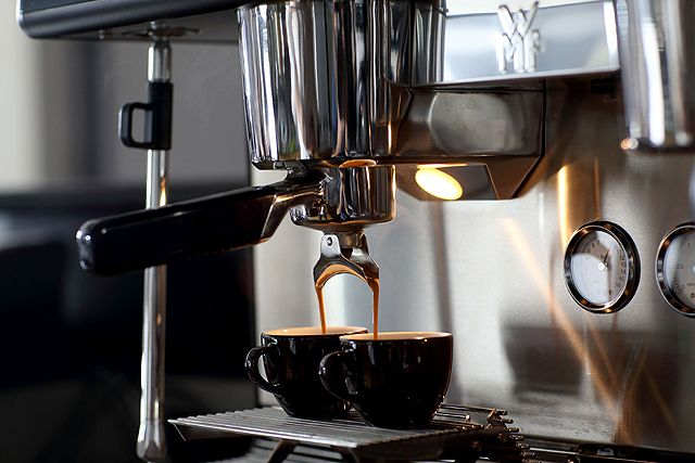 WMF espresso - Siebträgermaschine im Einsatz