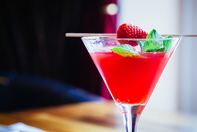 Cocktails - Strawberry Martini