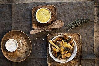 Pommes frites mit Sauce tartare