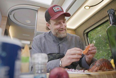 DMAX und CIVD schicken Star-Koch Brian Bojsen auf kulinarischen Roadtrip