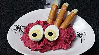 Halloween Monsterstampf mit Fingerfood - Bildnachweis Kartoffel-Marketing GmbH