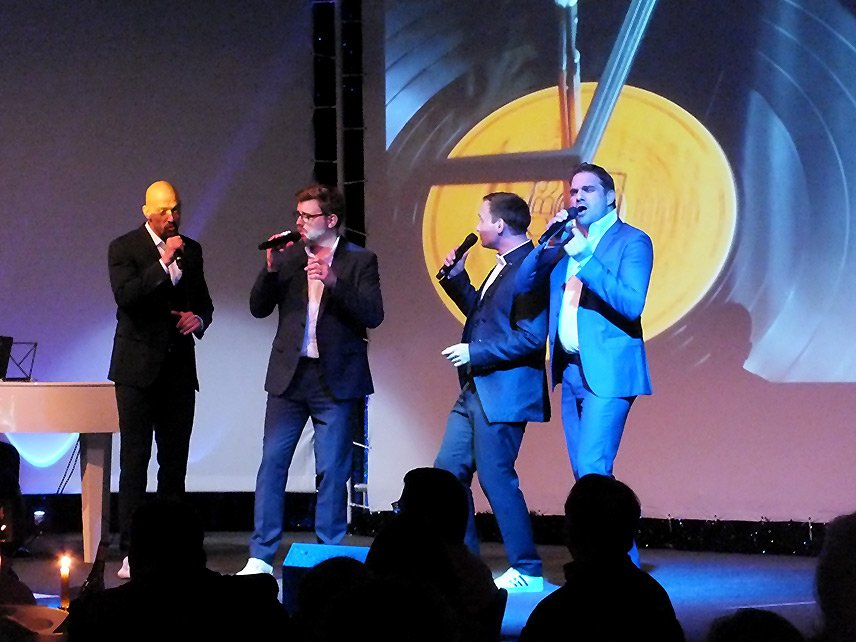 12 – WORLD of DINNER – Gentlemen of Voices – Premiere – Die Sänger