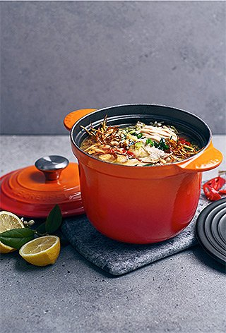 Le Creuset - Cocotte Every - Hühner-Reis-Suppe