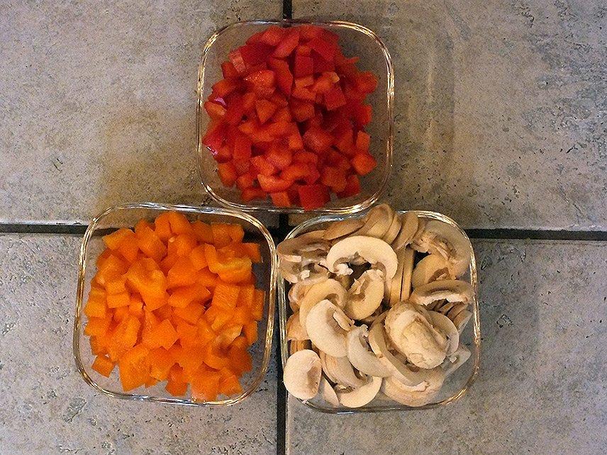 02 - Currygeschnetzeltes mit Früchten - Paprika und Champignons