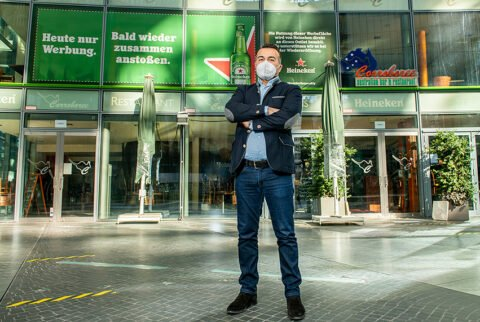 Heineken - Shutters Berlin Corroboree - Restaurantbesitzer Inan Sas - Foto Gerald Matzka