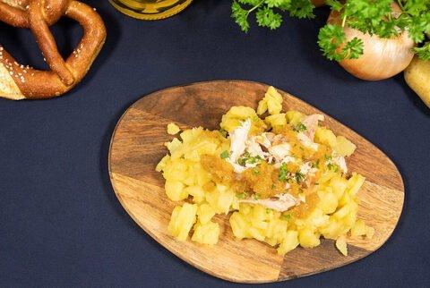 Kartoffel-Marketing-GmbH - Kartoffel-Brathendl-Salat mit Bier-Dressing